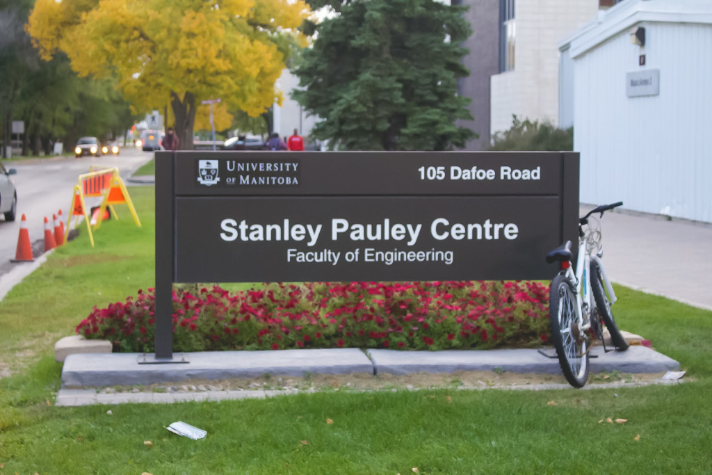The University of Manitoba and RRC are starting to implement a new hybrid pathway between their engineering programs. THE PROJECTOR/Stephanie Setka