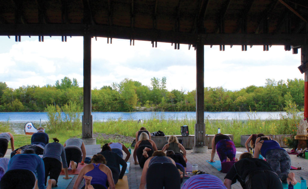 Liane Cherrett led a ritual inward workshop where yogis completed 108 pushups and sit-ups. THE PROJECTOR/ Maggie Wysocki