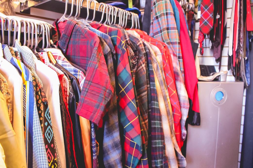 If you're looking for that perfect plaid shirt but don't want to spend an arm and a leg head over to Vintage Glory for affordable secondhand finds. The Projector/Brittany Hobson