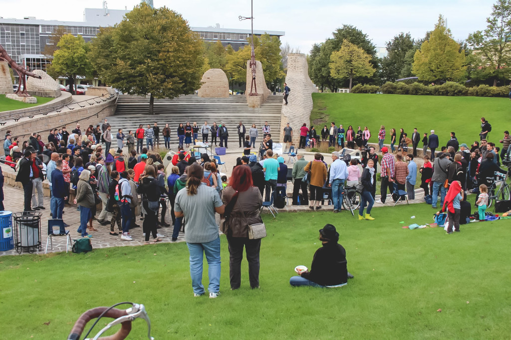 A crowd gathers at the Oodena Celebration Circle for Our Summit on Sept. 17. The event was organized as an alternative to One: The Mayor's National Summit on Racial Inclusion. THE PROJECTOR/Jennifer Doerksen