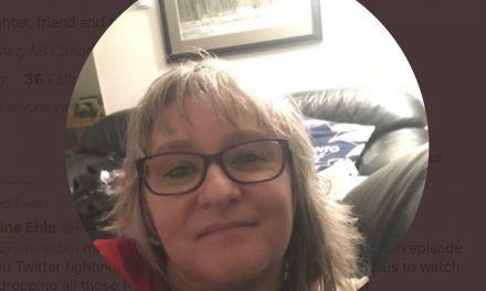 'Very Canadian': Alberta woman buys Winnipegger Jann Arden ticket